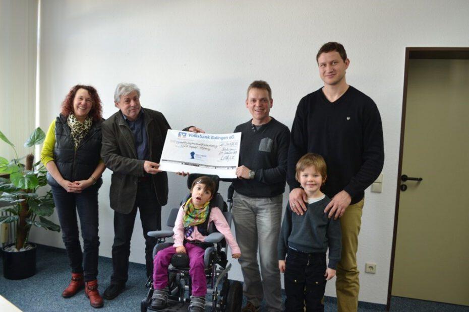 Die Spendenübergabe für die Nina-Leopold-Stiftung war ein freudiger Anlass